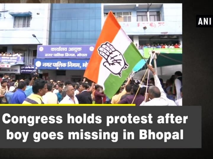 Congress holds protest after boy goes missing in Bhopal