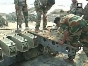 Delhi: Army constructs bridge for Sri Sri Ravi Shankar's event