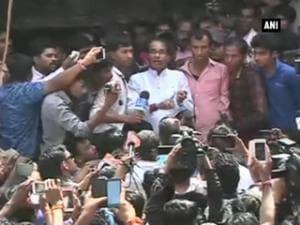 Jhabua blast: CM Chouhan assures actions against culprits, announces compensation