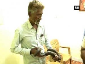 Maharashtra police arrest four smugglers, recover endangered Boa Constrictor