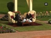 PM Modi makes US President Obama's visit to Hyderabad House special with tea under a 'shamiana'