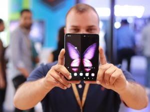 Samsung Galaxy Fold first look: Meet the world's first foldable-screen smartphone