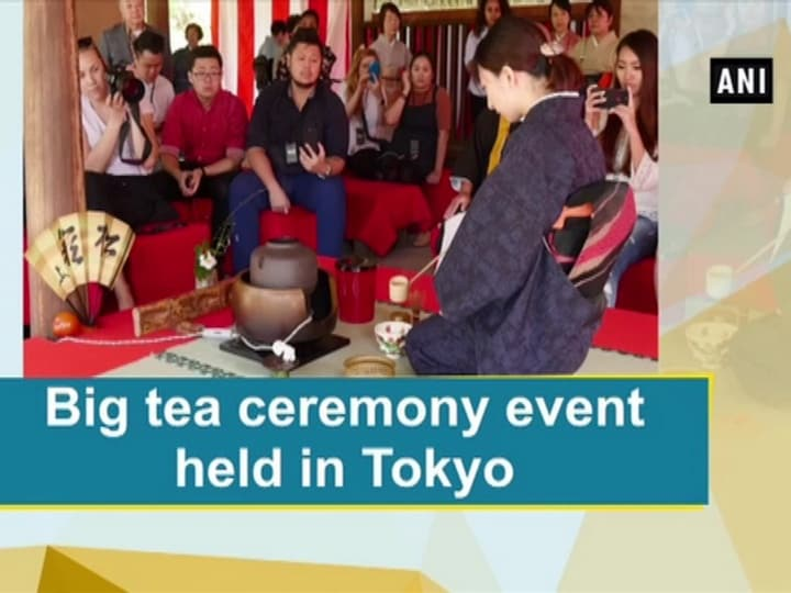 Big tea ceremony event held in Tokyo