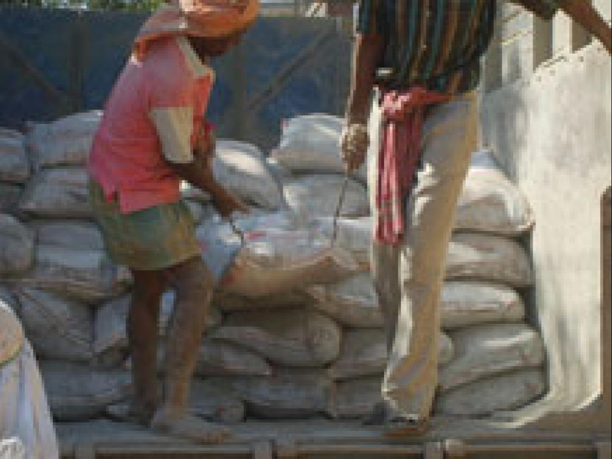 Jaiprakash to sell two MP cement plants to Ultratech for Rs