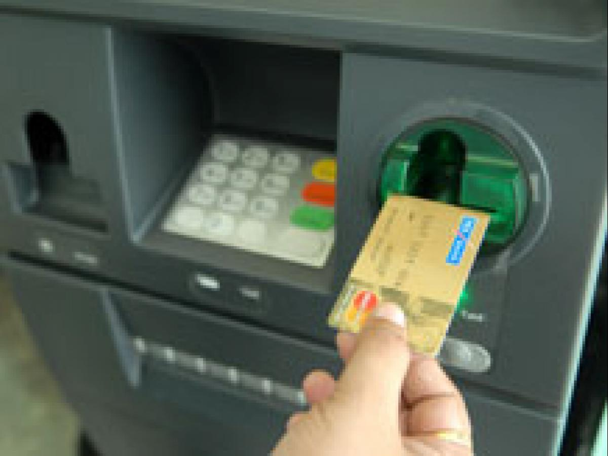 Banks cap upper limit for withdrawals at micro ATMs
