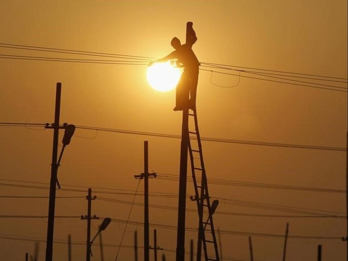 Southern India hit hard by weak power grid | Business Standard News