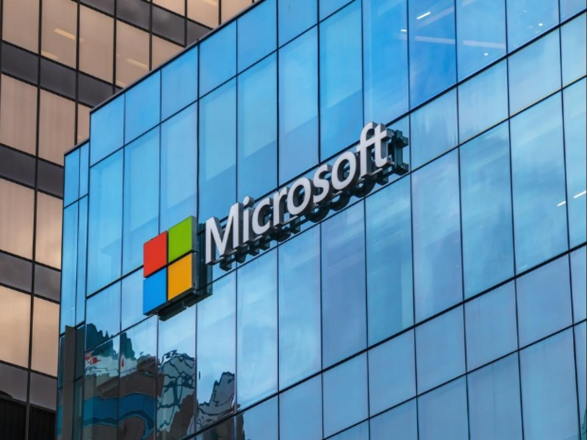 Microsoft releases 'Face Swap' app for Android | Business Standard News