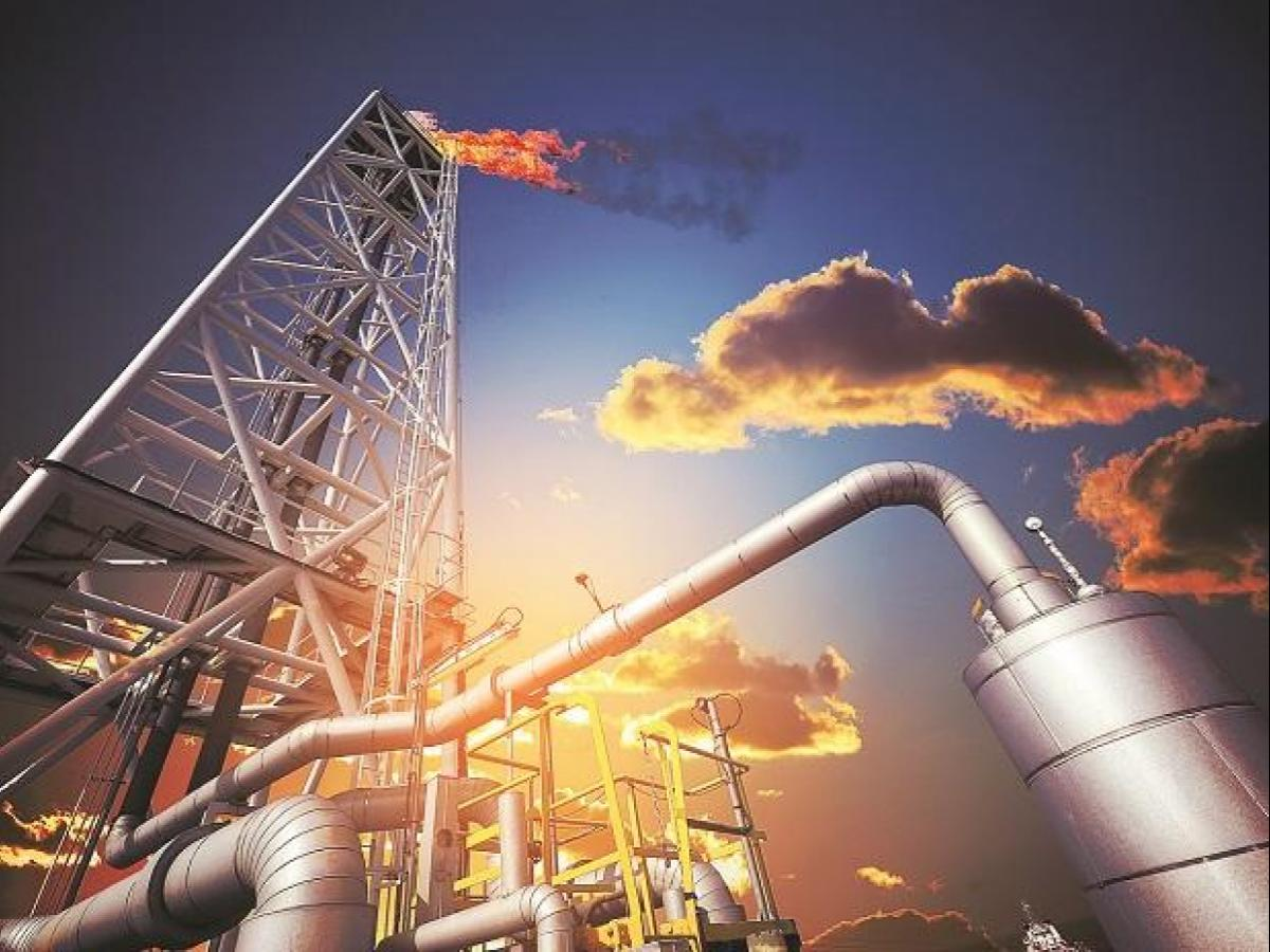 Why Indian refineries continue to attract investors with