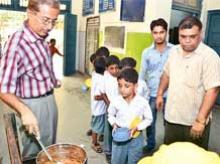 No hike in pay of cooks under mid-day meal scheme in Punjab