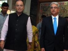 Finance Minister, Arun Jaitley with CAG, Shashi Kant Sharma at the 27th Accountants General conference, in New Delhi (pic: Dalip Kumar)
