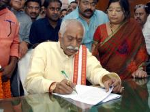 Bandaru Dattatreya taking charge as the Minister of State (Independent Charge) for Labour and Employment, in New Delhi