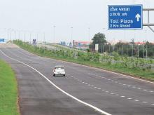Barren land along UP expressways to be developed as industrial plots