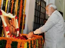 A file photo of Modi paying tribute to Veer Savarkar