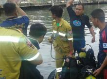 Divers are in the water in Saen Saeb canal after an explosion in the engine compartment of a passenger boat (This image was tweeted by ?@RichardBarrow)