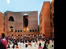 IIM-A okays MBA fee rise of 5.4% to Rs 19.5 lakh