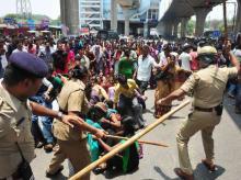 Bengaluru, Protest, EPF, Lathicharge