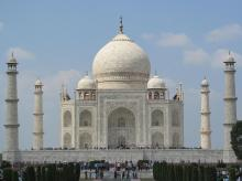 Taj Mahal (Photo: Wikipedia)