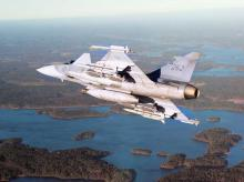 Gripen & F-16 compete in MMRCA re-run