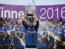England's captain Eoin Morgan lifts the Royal London one day series trophy after the 5th ODI between England and Pakistan at the SSE SWALEC Stadium, Cardiff, Wales.