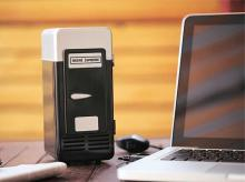 A USB mini-cooler that can cool one can of beer at a time