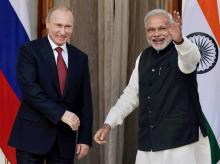 File photo of Prime Minister Narendra Modi with Russian President Vladimir Putin.