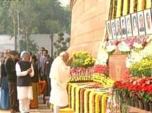 PM Narendra Modi pays homage to Parliament attack victims. Photo: Twitter