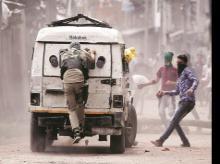 Pungent smelling CS shells to aid pellet guns in Kashmir