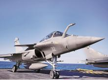 Govt permits DIPP to grant defence industrial licences