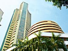 Indian equities close with gains, banks stocks surge