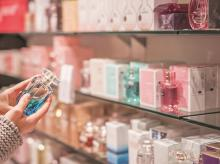 Choosing the right perfume to gloss up your personality and style quotient