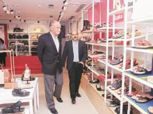 Bata Shoes chairman Thomas G Bata (left) with Rajiv Gopalakrishnan. Bata is developing clutter-free designs for its flagship stores.