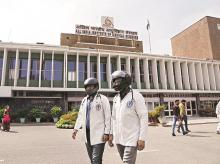 In March, several doctors at AIIMS, New Delhi, took to wearing helmets during a protest against the violence. Photo: Dalip Kumar