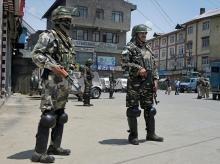 Security personnel, Srinagar, Kashmir Valley, Valley, Tral, Pulwama District, South Kashmir, Kashmir, Indian Army, Army