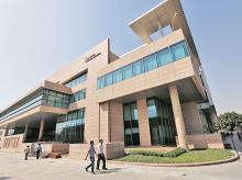 Tech Mahindra accepts senior workers' pay cut offer
