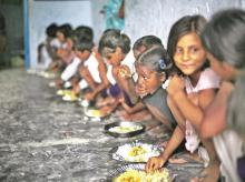 Children to lose their hot cooked meals in Maharashtra