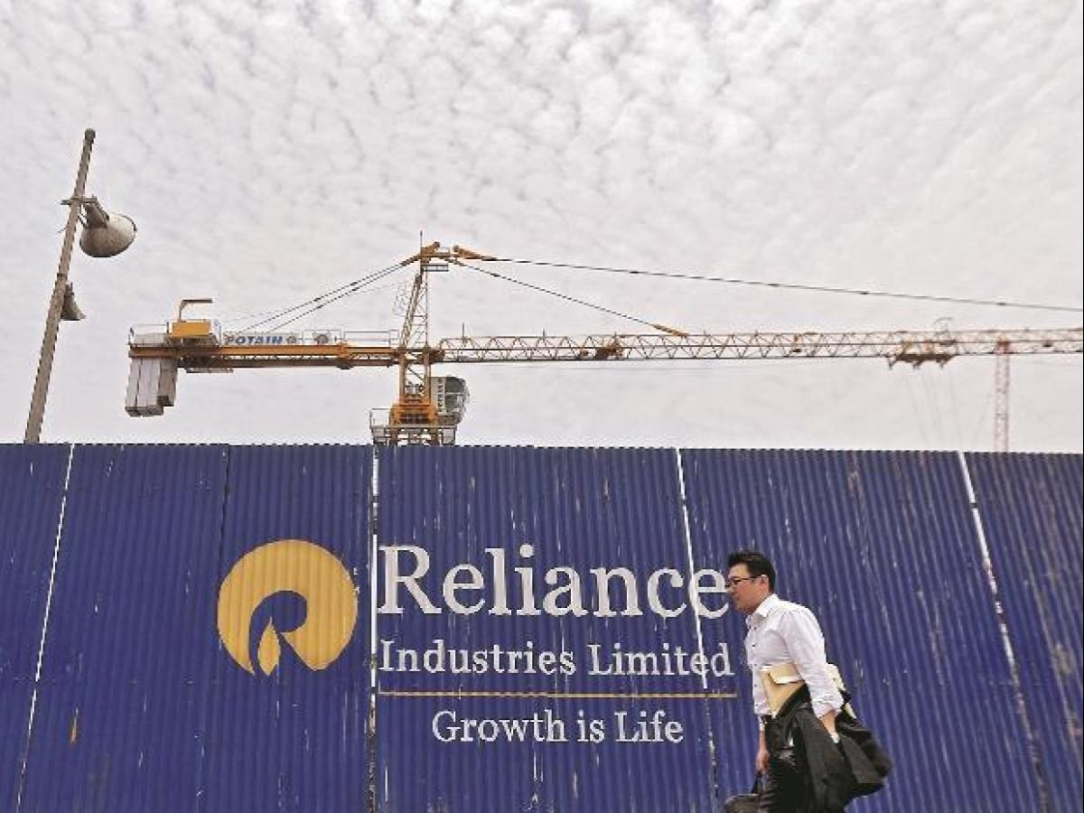 Aramco deal more to secure crude supply than deleveraging: RIL