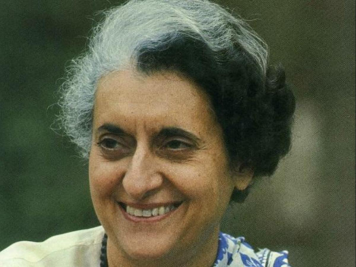 Tributes pour in for 'Iron Lady' Indira Gandhi on 34th death