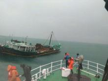 Cyclone Ockhi: Navy dornier, ships hunt for missing fishermen in rough sea