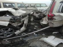 Blinding fog on Lucknow-Agra Expressway causes horrific 10-car collision near Bangarmau in Unnao; many injured