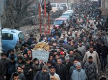 Large number of people carrying the body of CRPF constable Sharif ud Din Ganaie during his funeral procession in Srinagar. File Photo: PTI