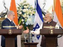 Israeli Prime Minister Benjamin Netanyahu with Prime Minister Narendra Modi