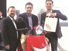 From left: Farhaan Shabbir, president and co-founder, Twenty Two Motors; Parveen Kharb, CEO and co-founder, and Vijay Chandrawat, COO and co-founder,  with the FLOW