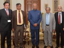 Members of the 15th Finance Commission led by its Chairman, Shri N.K. Singh along with President Ram Nath Kovind (Source: Twitter/@rashtrapatibhvn)