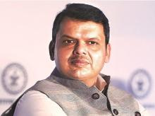 Don't touch Devendra Fadnavis or we back out, Independent MLAs warn BJP