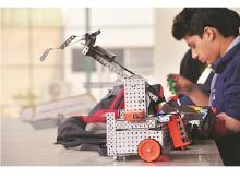 start up, start up Avishkaar Box,Avishkaar Box, artifical intelligence, robotics, robotics science, science and technomogy,  Atal Tinkering Labs, robots, indian education system