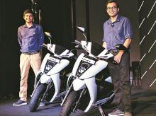 Swapnil Jain (left), CTO & co-founder and Tarun Mehta, CEO & co-founder, Ather Energy