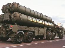 Russian S-400 air defence mobile missile launching systems. All that remains is to decide whether the deal should be signed when PM Narendra Modi meets President Vladimir Putin later this year. Photo: Reuters