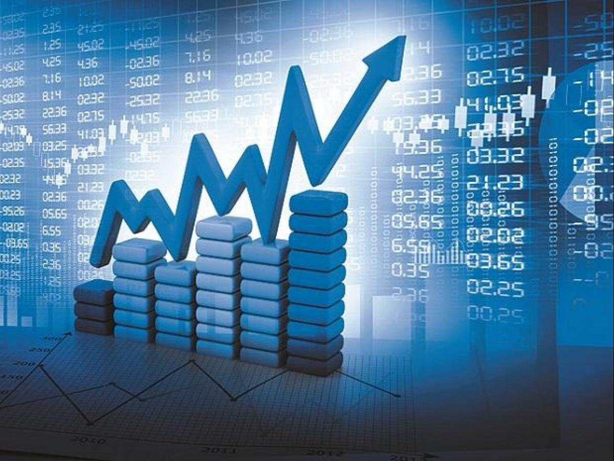 185 mid, small-cap stocks have given double-digit returns so