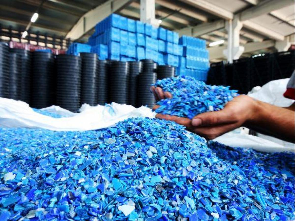 Polymer prices rise by 13% despite plastic ban, hit domestic