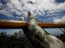 Golden bridge Vietnam